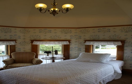 Pacific Grove Inn - Room with Ocean View