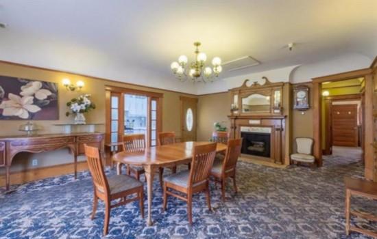 Pacific Grove Inn - Dining Chairs